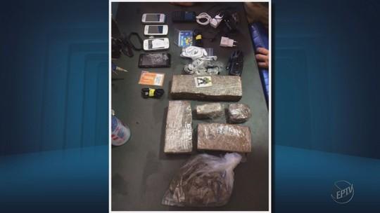 Agente é preso ao tentar entrar com drogas e celulares em presídio de MG