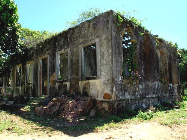 Resultado de imagem para casa rural em ruínas