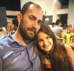 O pai de Kaliny diz que a família dá o maior apoio para sua carreira musical (Foto: Arquivo pessoal)