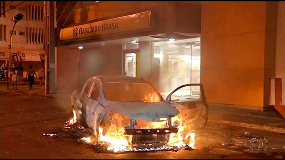 Assalto em Gurupi (Foto: Reprodução/TV Anhanguera)