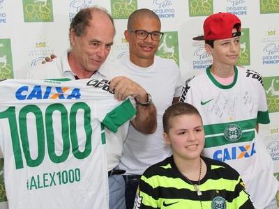 alex camisa mil  (Foto: Divulgação/Site oficial do Coritiba)