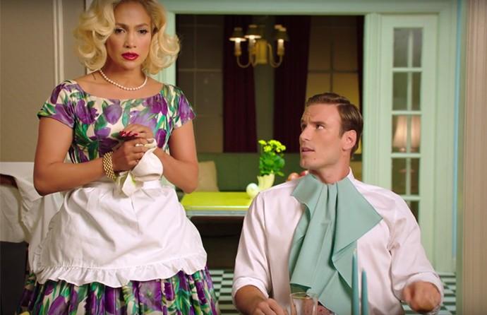 J. Lo encarna a esposa perfeita que se cansa de cuidar do marido (Foto: Divulgação)