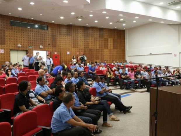 MPT se reuniu com o SIM e representantes do transporte coletivo de Porto Velho, na última sexta (4) (Foto: MPT/Divulgação)