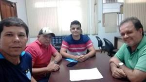 Dirigentes do Colinas se reuniram no sábado (4) (Foto: Divulgação)