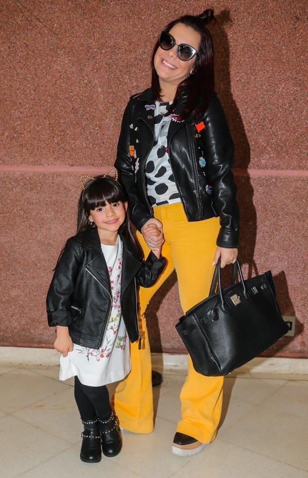 Fernanda Souza e a sobrinha Belinha (Foto: Manuela Scarpa/Brazil News)