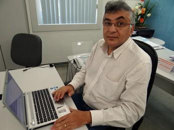 Diretor Metropolitano da Compesa, Rômulo (Foto: Katherine Coutinho / G1)