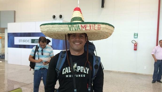 Emanoel Velazco vai assistir dois jogos da Copa na Arena das Dunas, em Natal (Foto: Fernanda Zauli)
