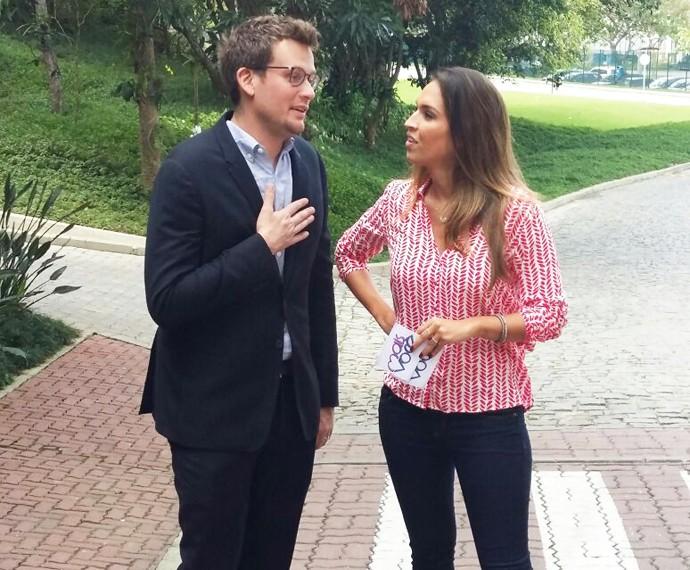 John Green e Talitha Morete em bate-papo exclusivo para o Mais Você (Foto: Ivo Madoglio)