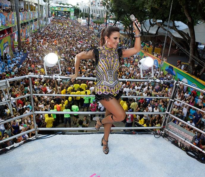 Ivete Sangalo arrasa com o look Guerreira (Foto: Rafa Mattei/Divulgação)