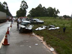 Acidente na Rodovia Miguel Melhado em Campinas deixa quatro mortos (Foto: Reprodução/ EPTV)