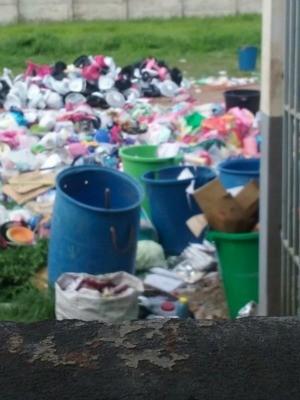 Familiares dizem objetos levados para presas foram jogados fora (Foto: Arquivo pessoal)