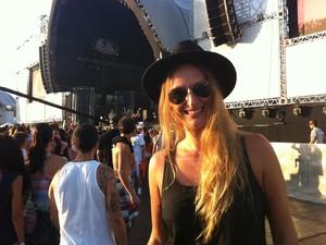 Joane El Momo escolheu o black, com direito a chapéu (Foto: Rafaella Fraga/G1)