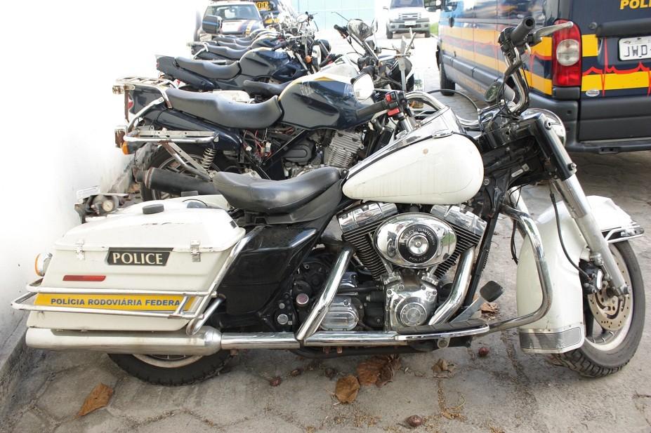 Motocicletas da antiga frota da PRF estarão à venda. Entre os