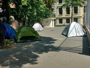 Escola Carlos Gomes, em Campinas, está ocupada há três dias por estudantes (Foto: Cristiane Anizeti)