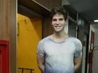 Jonatas Faro e outros atores prestigiam estreia de peça no Rio