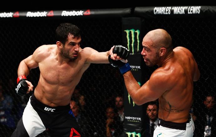 Gegard Mousasi e Thales Leites UFC Londres (Foto: Getty Images)