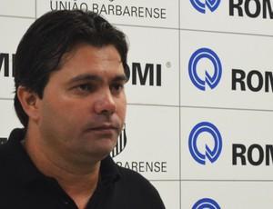 Claudemir Peixoto, técnico do União Barbarense (Foto: Bernardo Medeiros/ Globoesporte.com)