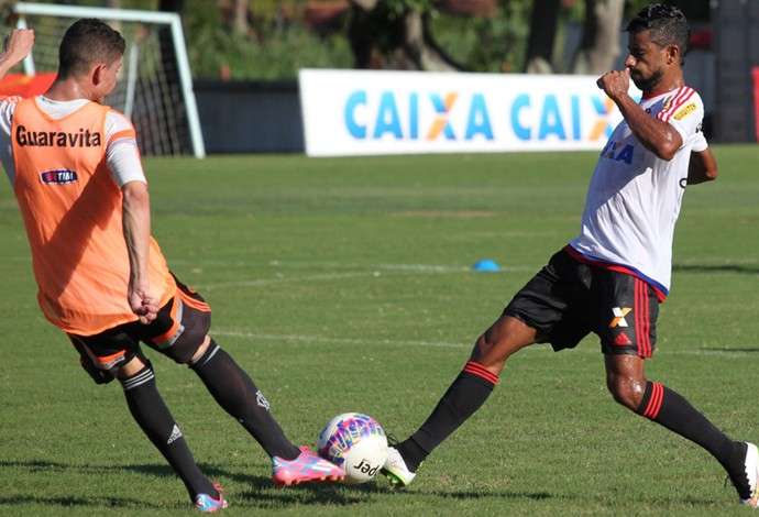 Léo Moura treino Flamengo (Foto: Gilvan de Souza / Flamengo)