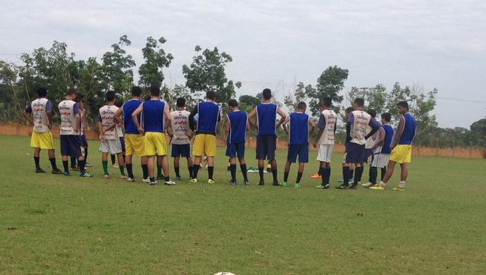 Rondoniense sub-16 treina se prepara para final do Campeonato Juvenil  (Foto: Livia Costa)