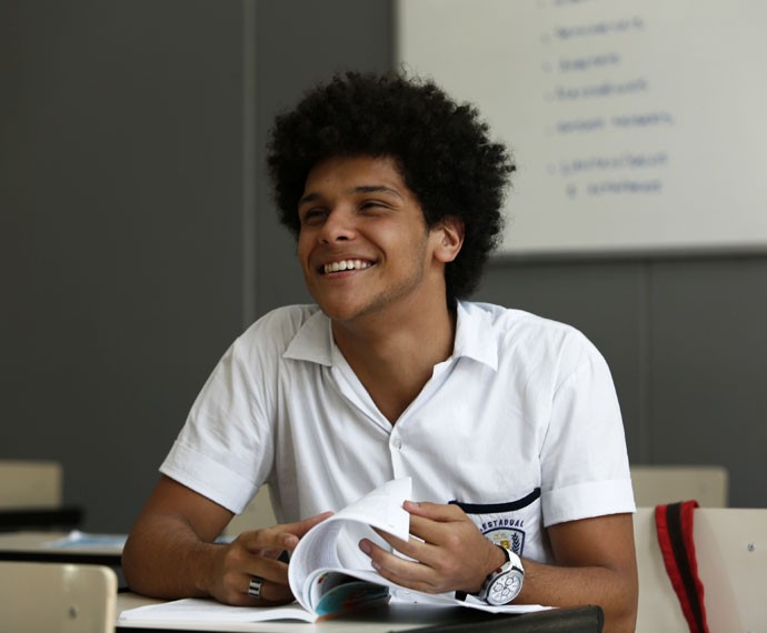 Paulo Hebrom vive BB, aluno do Leal Brazil (Foto: Raphael Dias/Gshow)