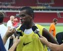 """Fernando revive rivalidade e brinca com volta ao Grêmio: """"Posso assinar?"""""""