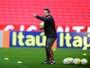Invicto em Gre-Nais, Argel tenta evitar maior série sem vitórias pelo Inter