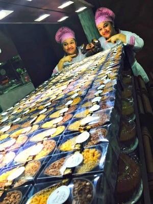Rossandra Lima vende doces há quatro anos em Rio Branco (Foto: Arquivo pessoal)