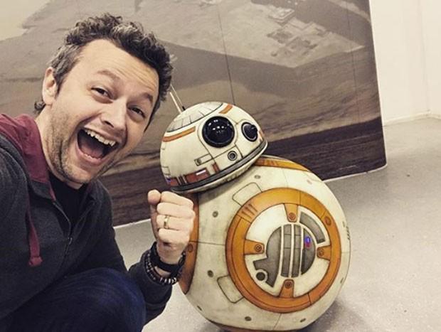 Lucas Lima e dróide BB-8 (Foto: Reprodução)