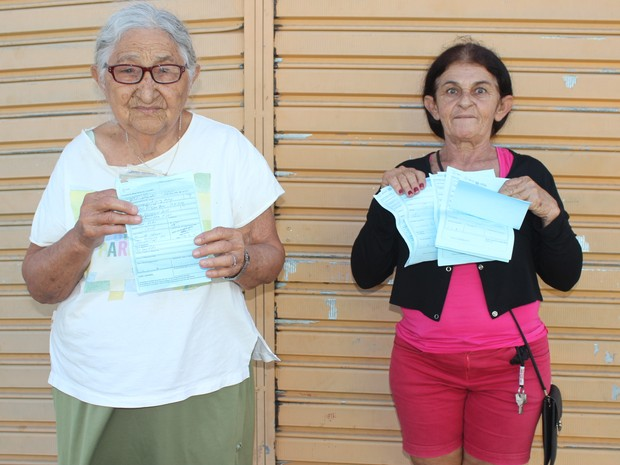 Pacientes retornam para casa sem conseguir marcar exames no Piauí  (Foto: Gilcilene Araújo/G1)