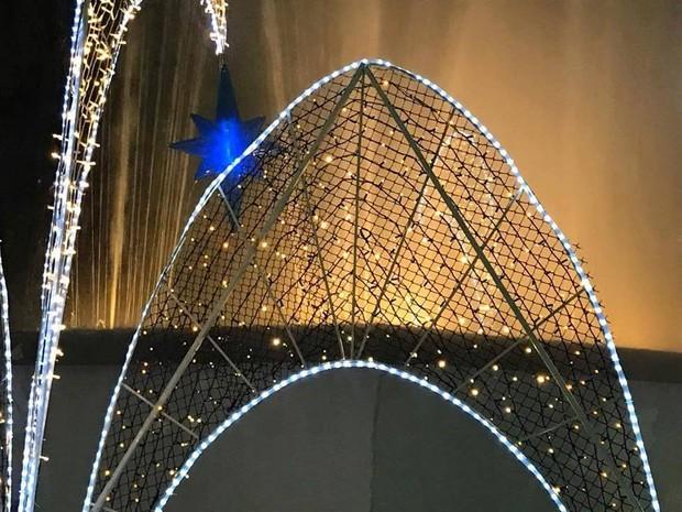 Detalhe de enfeite de Natal em Poços de Caldas (MG). (Foto: Taty Siqueira)