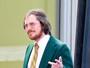 Christian Bale abandona corpo sarado e se transforma para filme