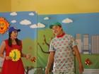 Instituições de Campinas recebem espetáculo infantil 'Planeta Relógio'
