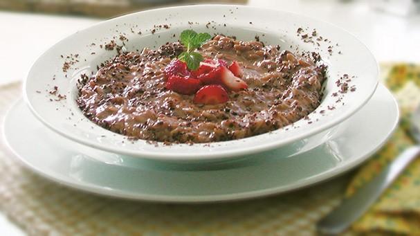 Uma versão gourmet do tradicional arroz doce, mas feito com chocolate (Foto: Divulgação)