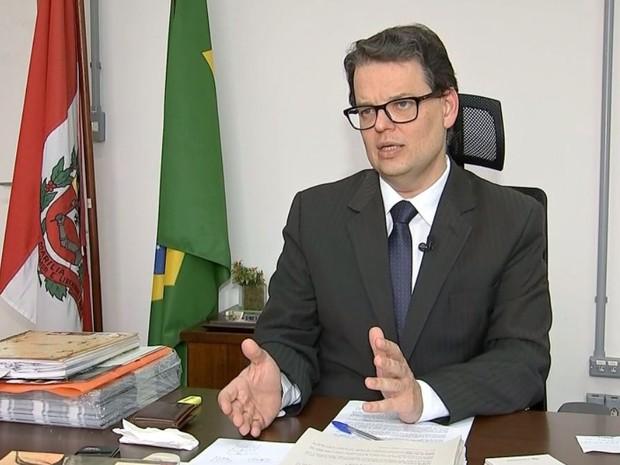 Procurador fala em crise orquestrada (Foto: Reprodução / TV TEM)