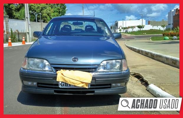 Abstraia o paninho que cobre a placa: esse Chevrolet Omega é filé, mas cobra caro por isso (Foto: Reprodução)