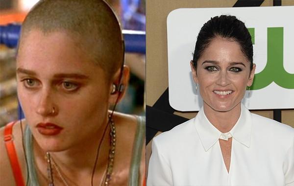 Robin Tunney ganhou destaque pelo papel de uma moça inteligente, gótica e de cabeça raspada no filme 'Sexo, Rock e Confusão' e por ser a vilã de 'Jovens Bruxas' (1996). Depois, ela conseguiu papéis nos seriados 'Prison Break' (2005-2009) e 'O Mentalista'. (Foto: Divulgação/Getty Images)
