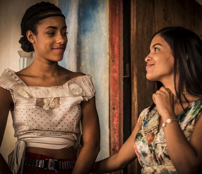 Isabel coloca Sophie contra a parede  (Foto: Inácio Moraes/Gshow)