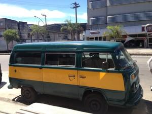 Kombi sequestrada no Rio (Foto: Renata Soares/G1)