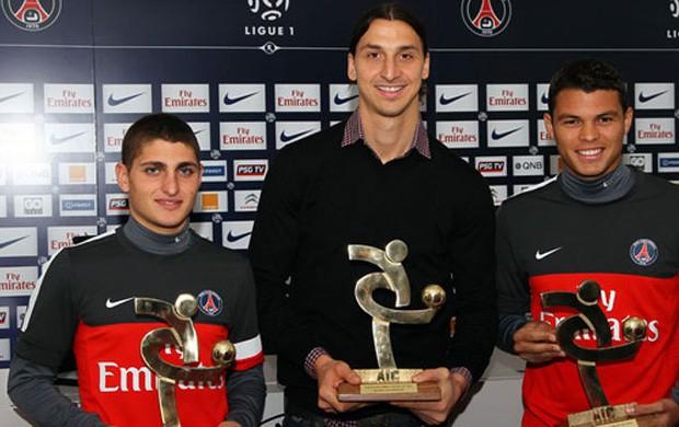 Premiação Ibrahimovic thiago silva e verratti PSG (Foto: Divulgação / site oficial do PSG)