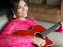 Sertaneja Gabi Lima supera tragédia do Palace II e lança música
