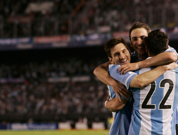 Messi Higuain Lavezzi gol Argentina sobre Venezuela (Foto: Reuters)