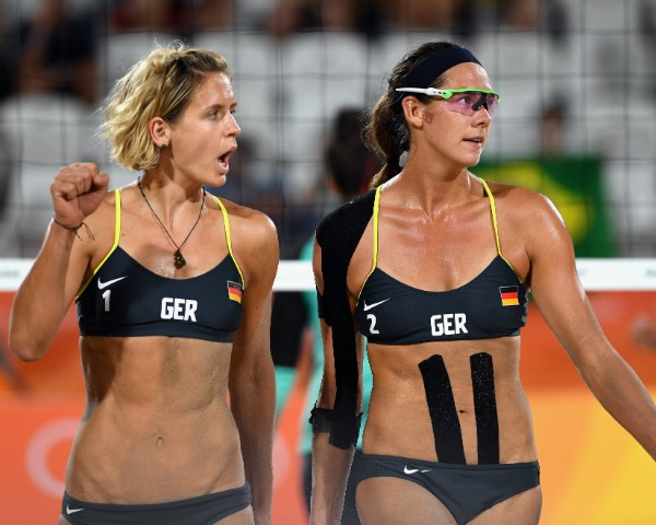 As alemãs Laura Ludwig e Kira Walkenhorst (Foto: Getty Images)