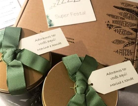 Atenciosos, Marina e Xande deixaram mimos personalizados para os convidados nos hotéis onde eles se hospedaram (Foto: Reprodução Instagram)