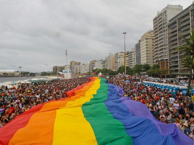 Parada gay leva multidão à Copacabana, Zona Sul do Rio (Foto: Riotur / Divulgação)