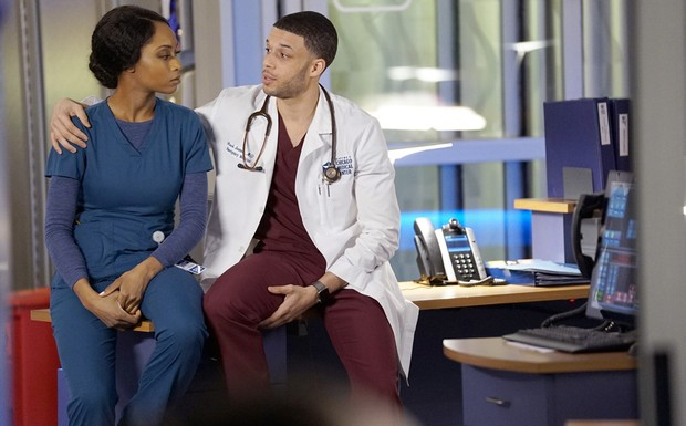 "Chicago Med - ""The Parent Trap"" (17Ep3T)"