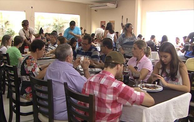 Dia das Mães gera renda e trabalho em Porto Velho (Foto: Rondônia TV)