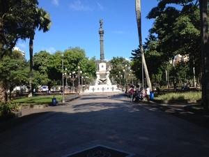 Praça Dois de Julho, no Campo Grande (Foto: Henrique Mendes / G1)
