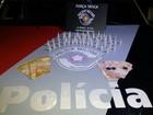 Casal é preso por tráfico de drogas no Jardim Resende em Pinda, SP