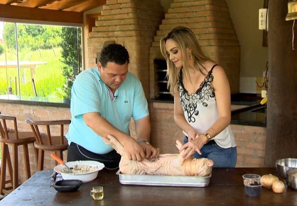 Receita de leitoa recheada com arroz de lentinha é a dica do 'Cozinha do Brasil' (Foto: Reprodução Globoesporte.com)