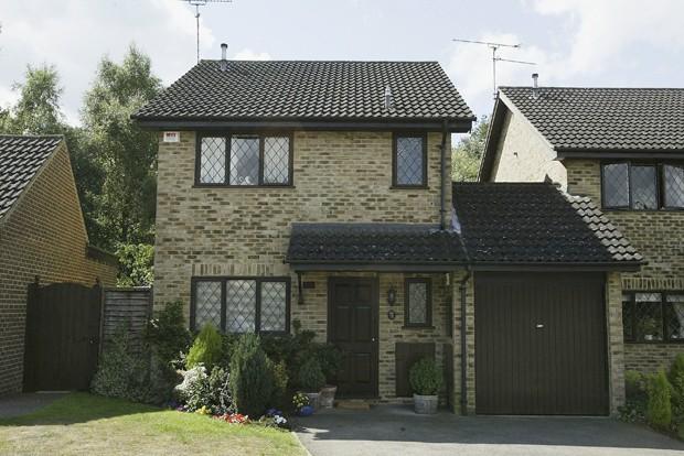 Casa onde harry potter passou a inf ncia pode ser sua - Harry potter casas ...